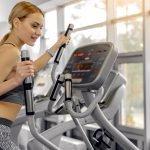 Mit dem Crosstrainer rückwärts laufen – sinnvolle Ergänzung für das Ganzkörpertraining
